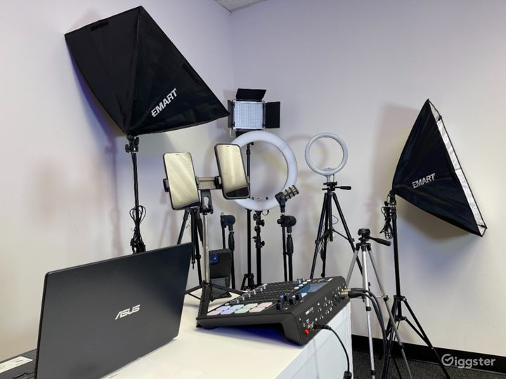 We will provided all lights, props, recording equipment & engineer if needed for all occasions. -Ring Lights all sizes  -Camera Holders -Sound Equipment -Head Phones -Micro Phones -Lavaliere Mics -Props -Phone Mounts -Lights -Speakers