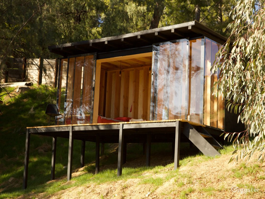 Contemporary nature cabin with mountains view Photo 1