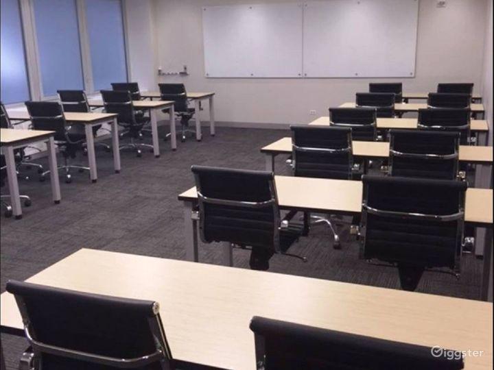 Unique Classroom-Style Meeting Room Photo 3