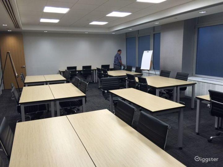 Unique Classroom-Style Meeting Room Photo 5