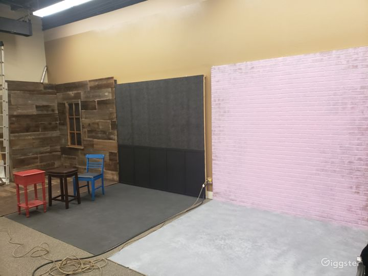 Other Half of the studio featuring 8/8/8' sets.