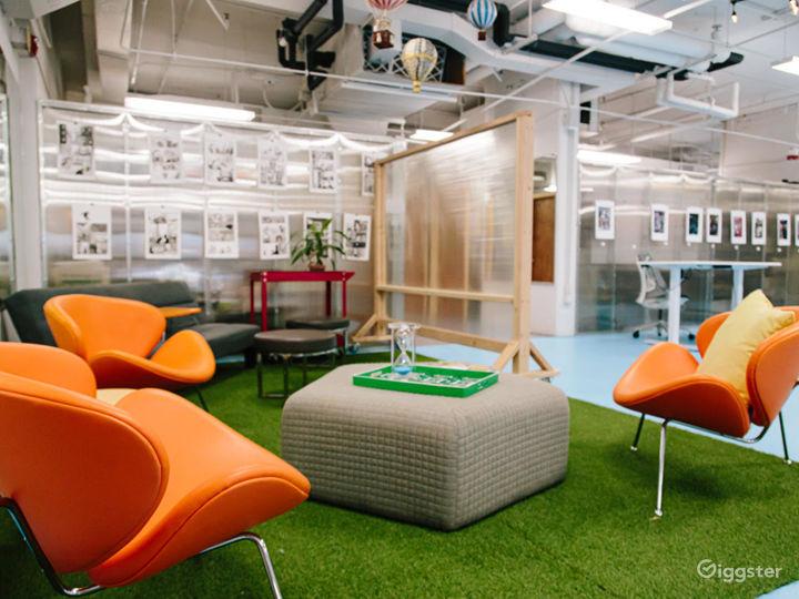 Corner Meeting Room Photo 4