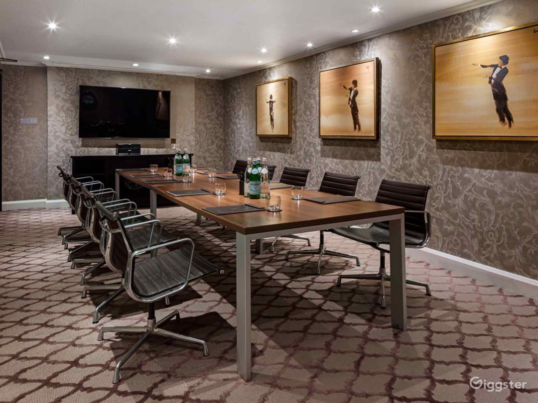 Ultimate Private Suite 9 in Mayfair, London Photo 1