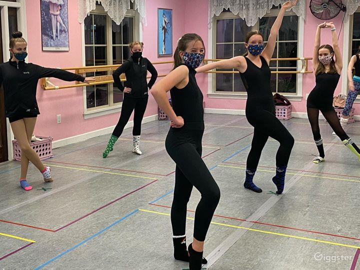Dance Studio - Room 2 Photo 3