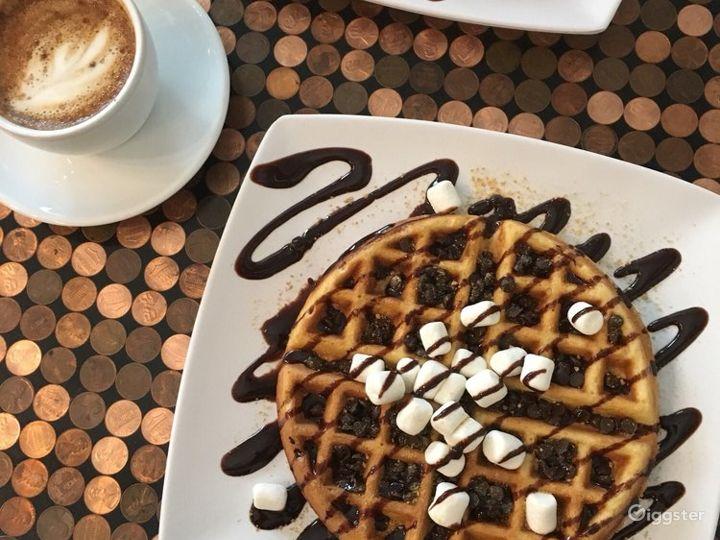Cozy Coffee Shop in St. Paul Photo 3