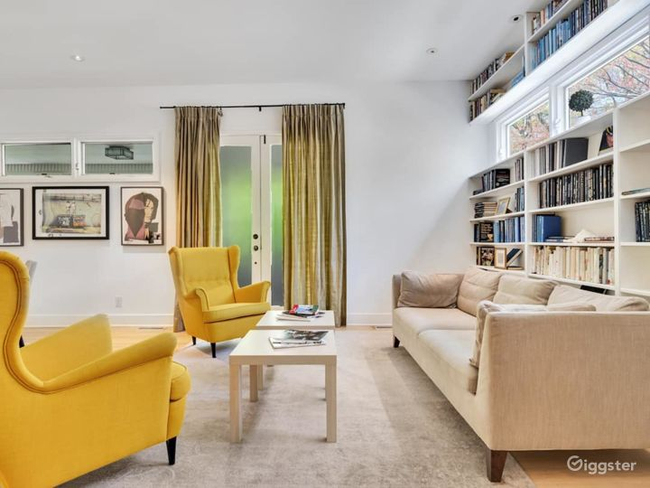 Swanky Midtown Apartment by Ponce Photo 3