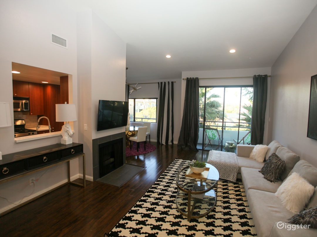 Glam Penthouse Condo with Designer Vibes Photo 2