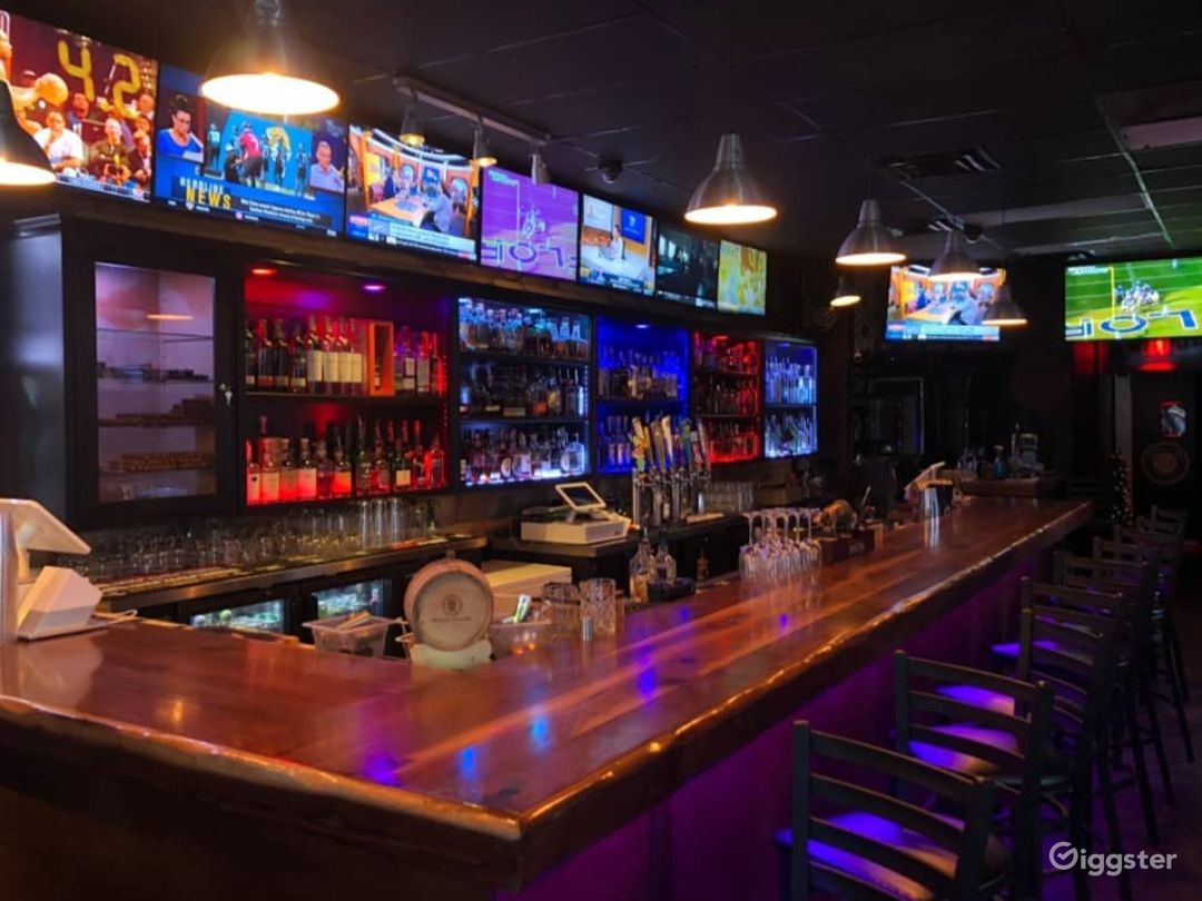 Full-Service Restaurant Bar Capable of Hosting Birthday Parties, Anniversaries, Graduation Parties  Photo 1