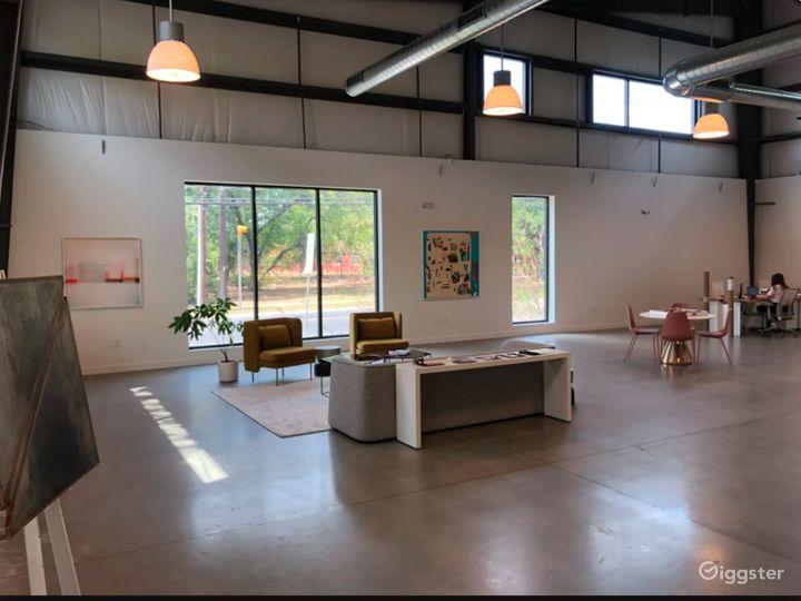 Light Filled Art Gallery / Creative Office Photo 4