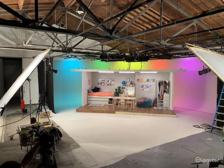 7000 sqft Film Video & Photo studio w/ Pre lit Cyc