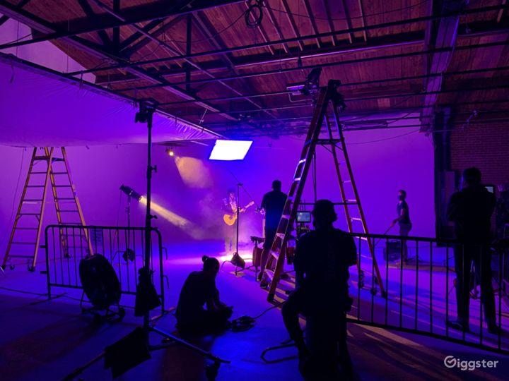 7000 sqft Film Video & Photo studio w/ Pre lit Cyc Photo 2