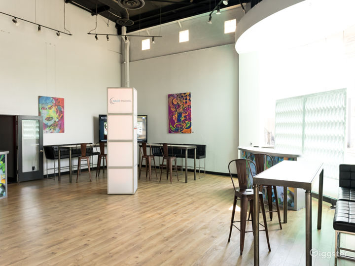 Speak easy-style warehouse private event space Photo 4
