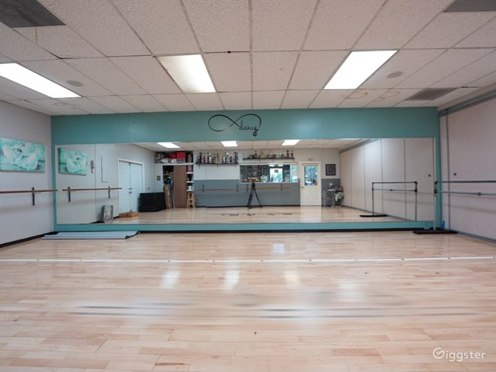 Buy-Out Rental 1400 sq.ft. Dance Studio Space Photo 3