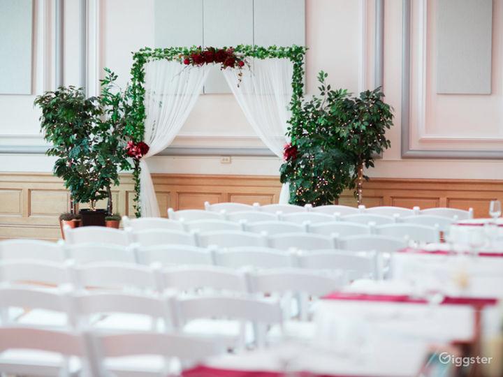 Historic Ballroom with Stunning Views Photo 5