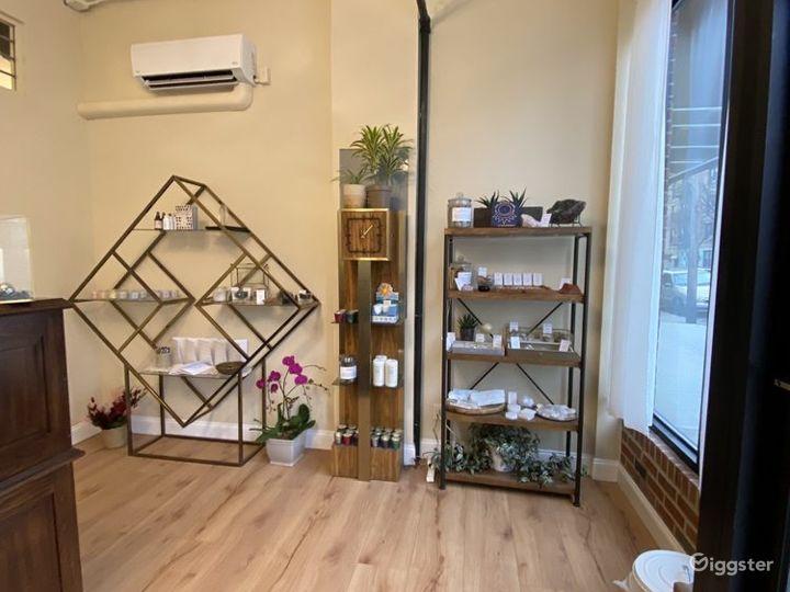 Spacious Yoga studio in Queens Photo 5