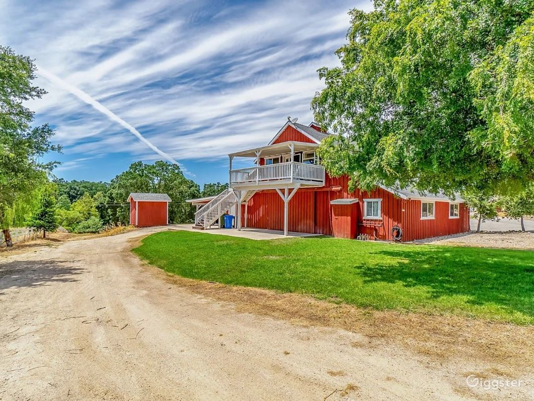 Red Barn Loft Photo 1