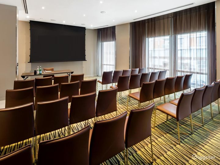 Modish Private Room 1 in Canary Wharf, London Photo 2