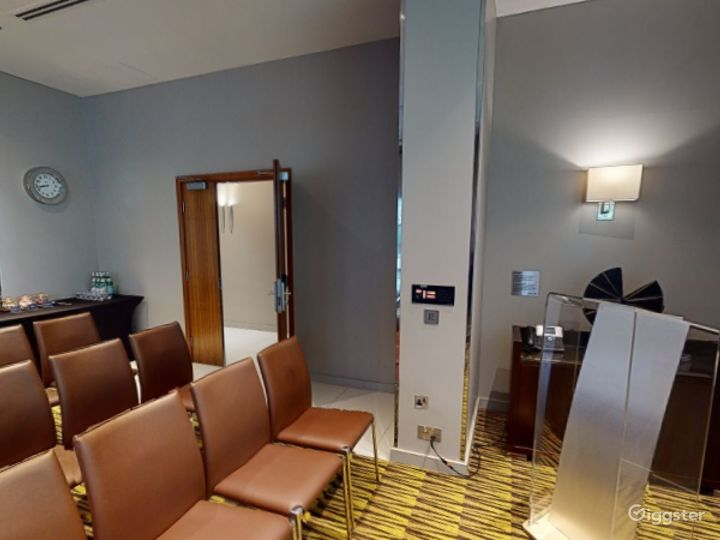 Modish Private Room 1 in Canary Wharf, London Photo 3
