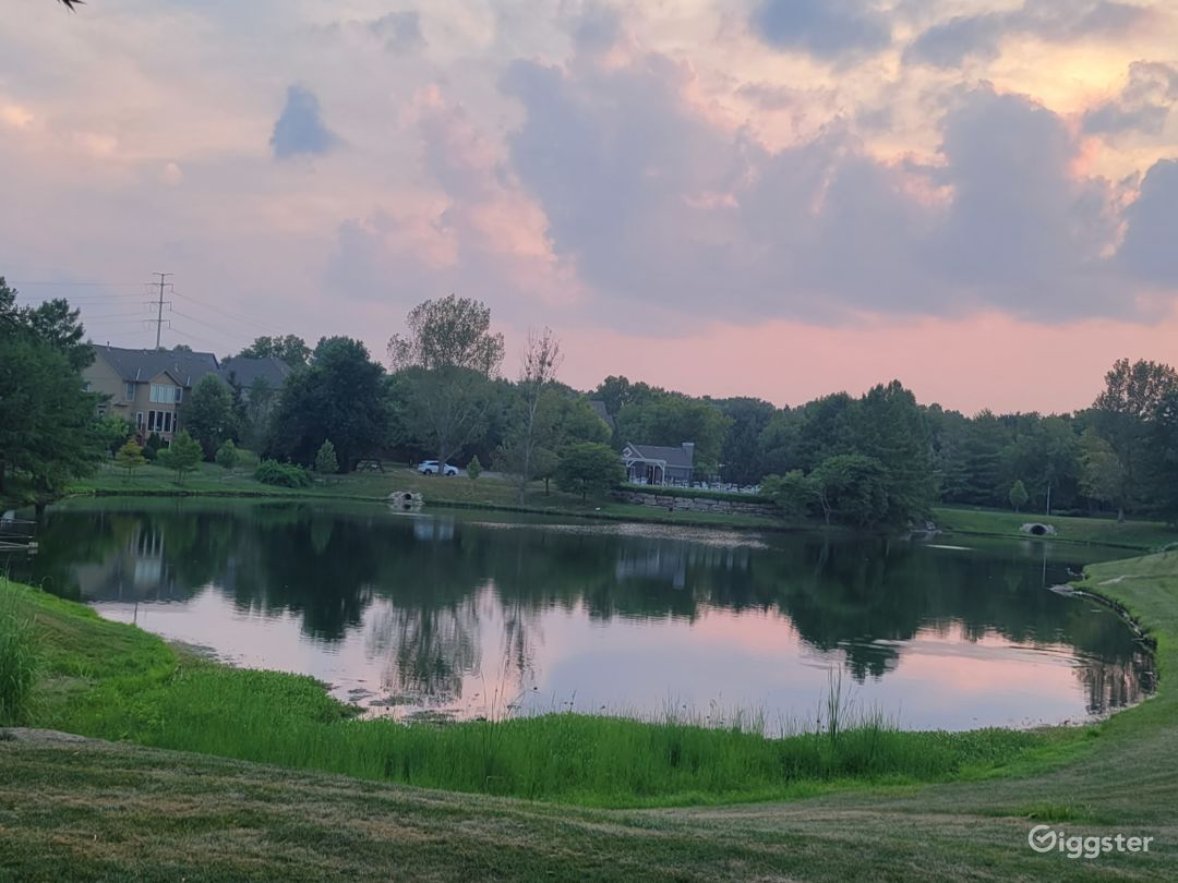 Get great pics in a suburban oasis by the lake. Photo 1