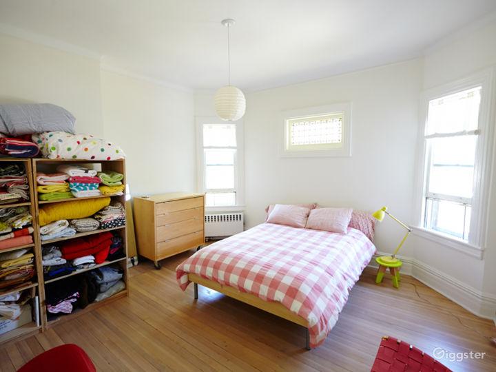 Brooklyn suburban contemporary home: Location 5050 Photo 3