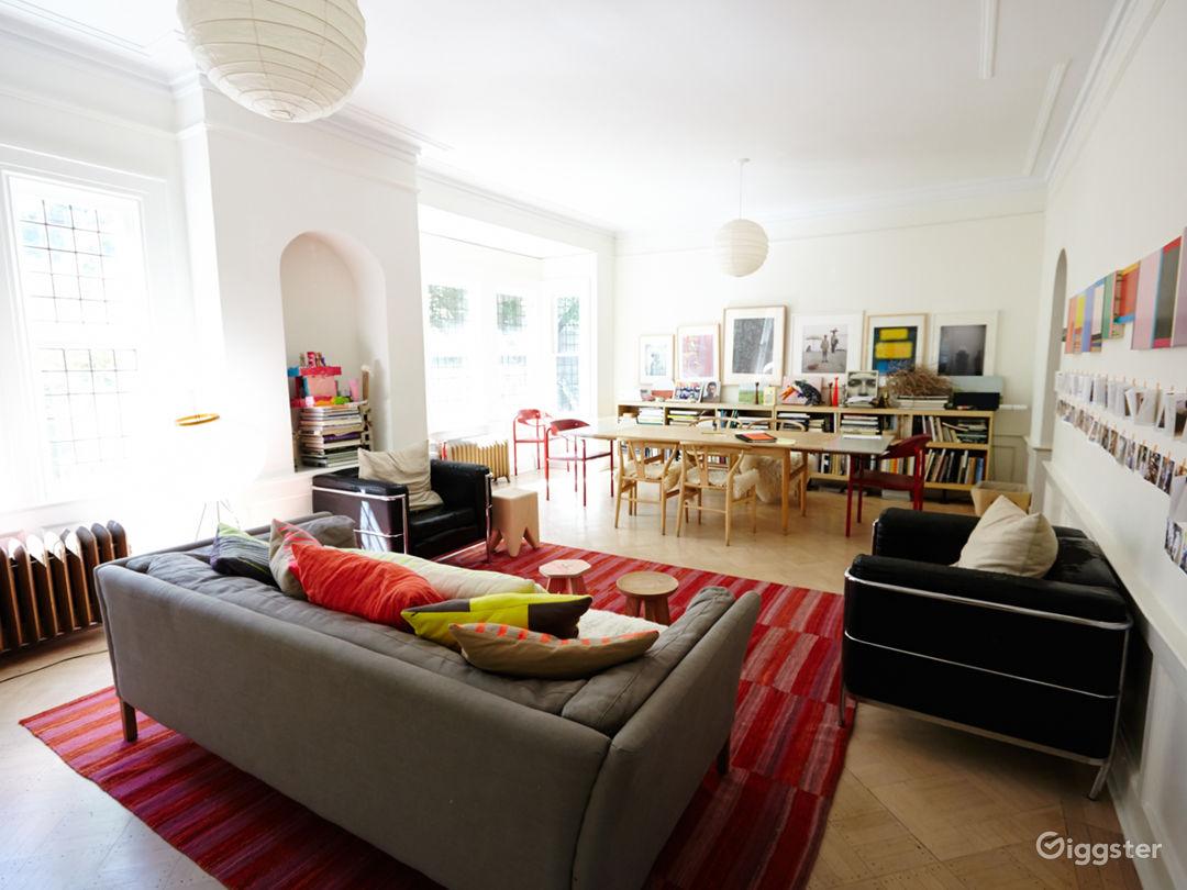 Brooklyn suburban contemporary home: Location 5050 Photo 1