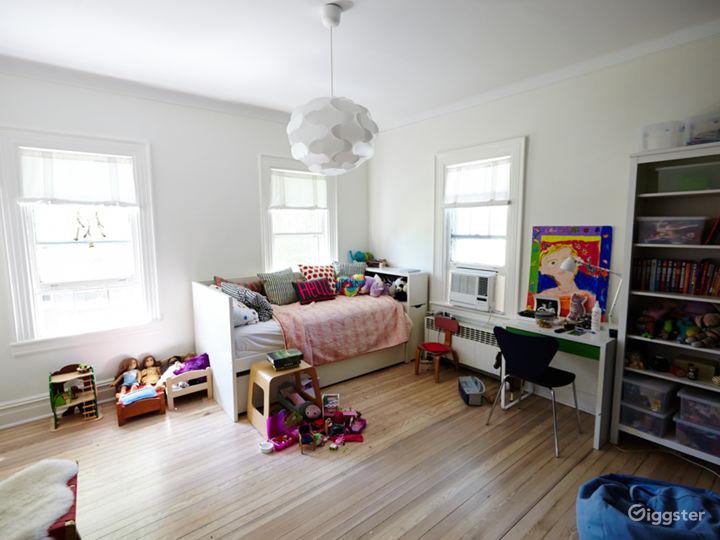 Brooklyn suburban contemporary home: Location 5050 Photo 2
