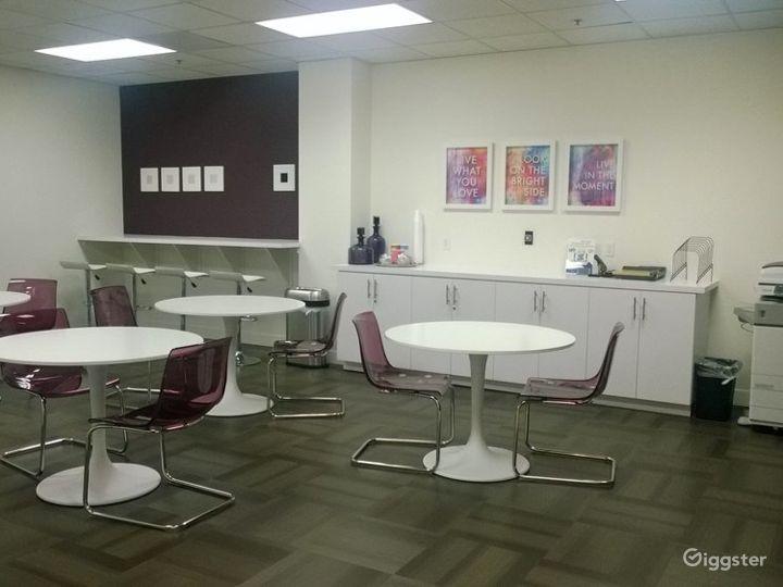Small Conference Room in La Mirada Photo 4
