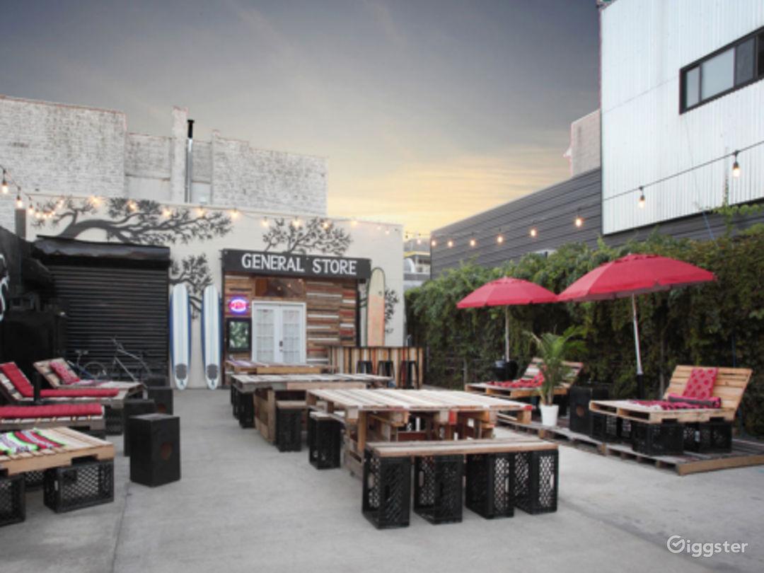 Outdoor Patio/Lounge Photo 1