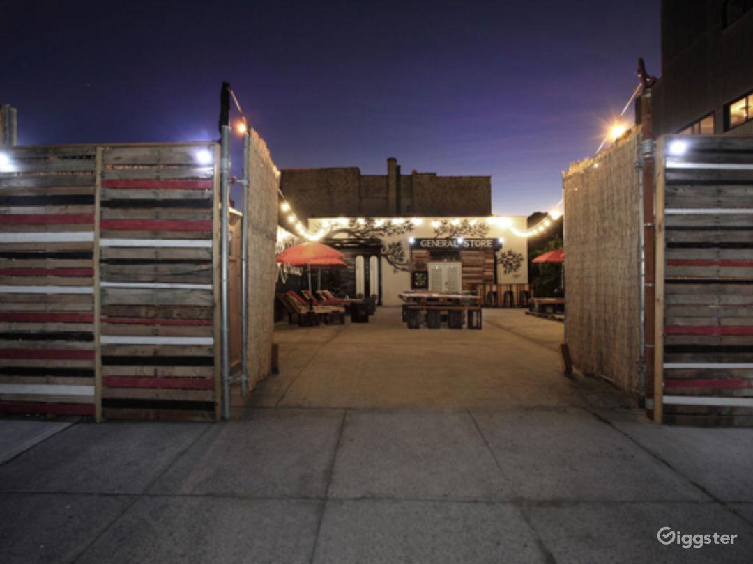 Outdoor Patio/Lounge Photo 3