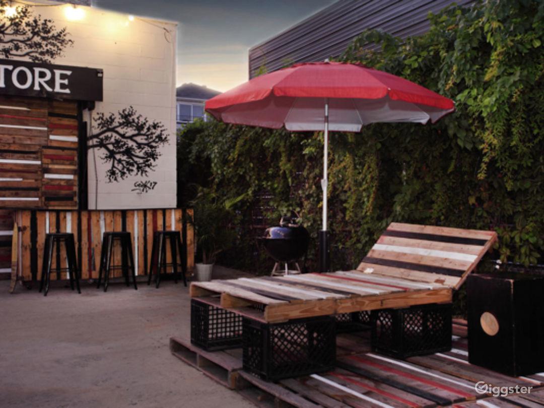 Outdoor Patio/Lounge Photo 4