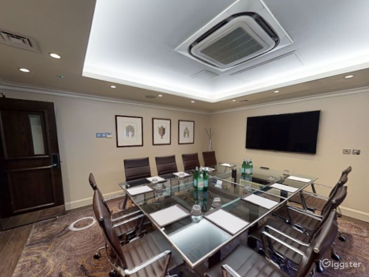 Modern Private Room 1 in Cromwell Road, London Photo 4