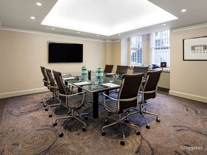 Modern Private Room 1 in Cromwell Road, London Photo 2