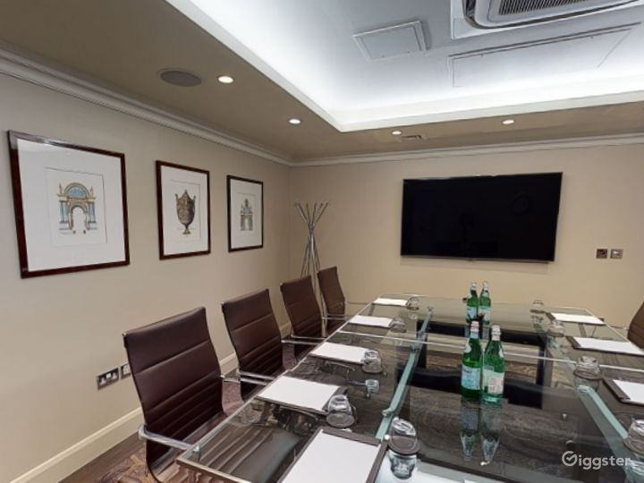 Modern Private Room 1 in Cromwell Road, London Photo 5