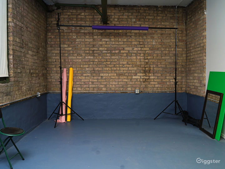 Photo/Video Studio with Brick Wall Photo 4