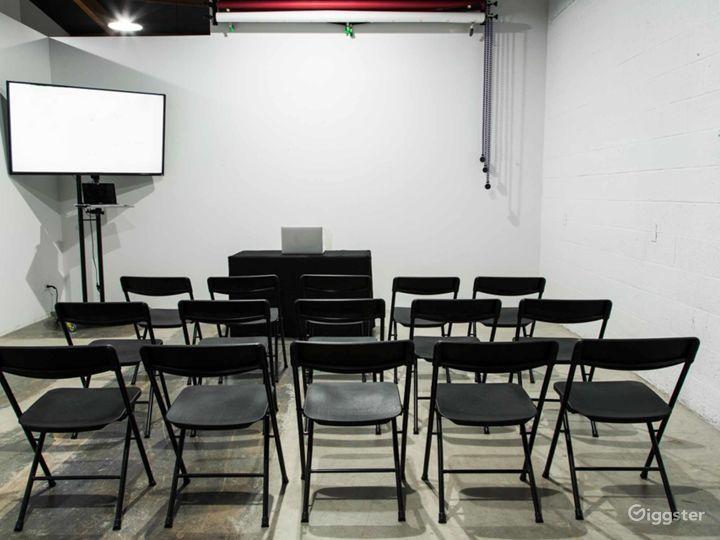 Cozy Studio in Phoenix Photo 3