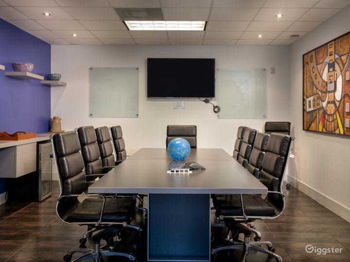 Modern European 12 Seat Board Room Photo 3