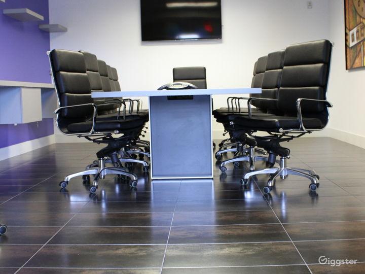 Modern European 12 Seat Board Room Photo 5
