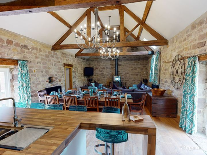 Large Barn Conversion for Events and Photoshoots Photo 4