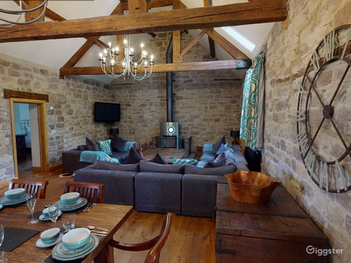 Large Barn Conversion for Events and Photoshoots Photo 5