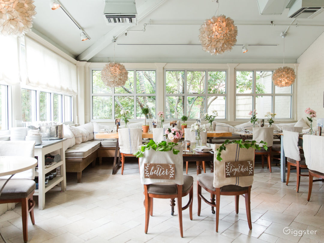 Elegant Dining Spaces in Roswell Photo 1