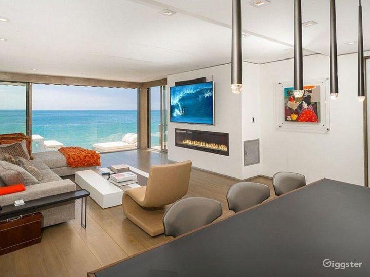 Modern Malibu Getaway Photo 2