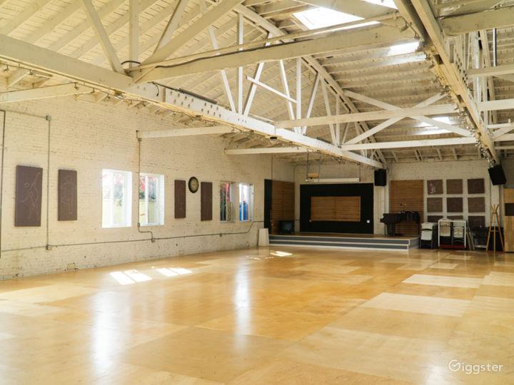 Warehouse Dance Studio w/ Brick Walls, Wood Floors Photo 3
