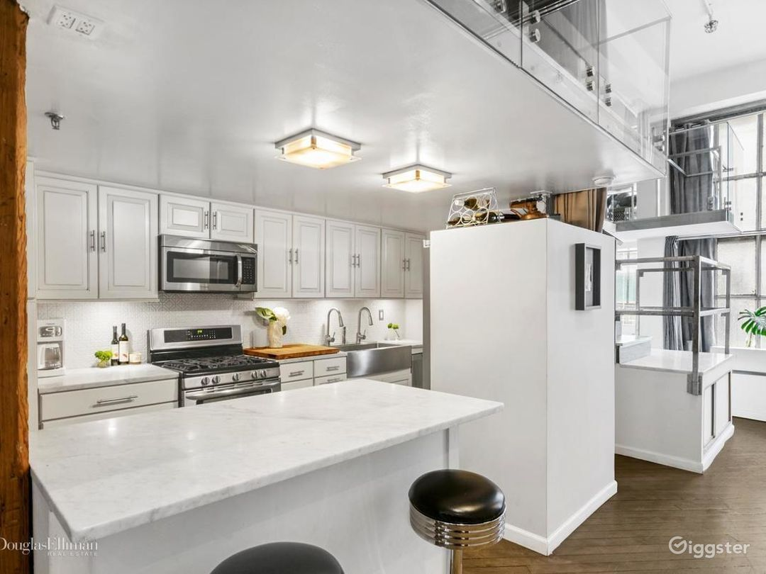 MidTown Flatiron Luxurious Photo Studio/Loft  Photo 2