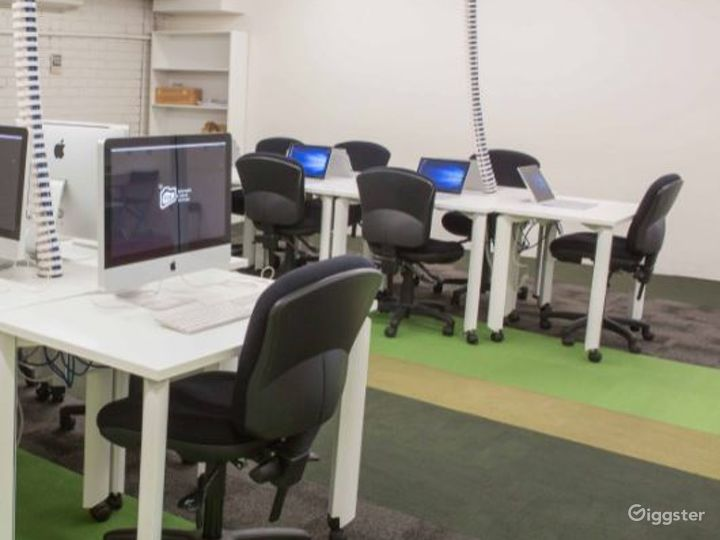 Training Lab for Graphic and Digital Design  Photo 3