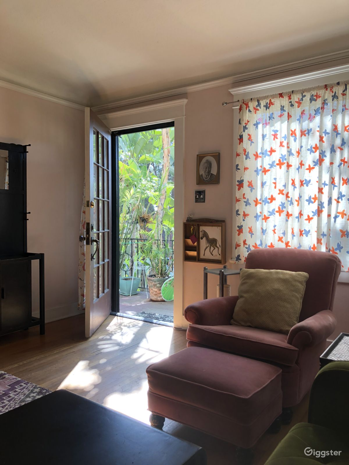 Rent The Apartment Condo Residential 1930 S Vintage Style Townhouse For Film