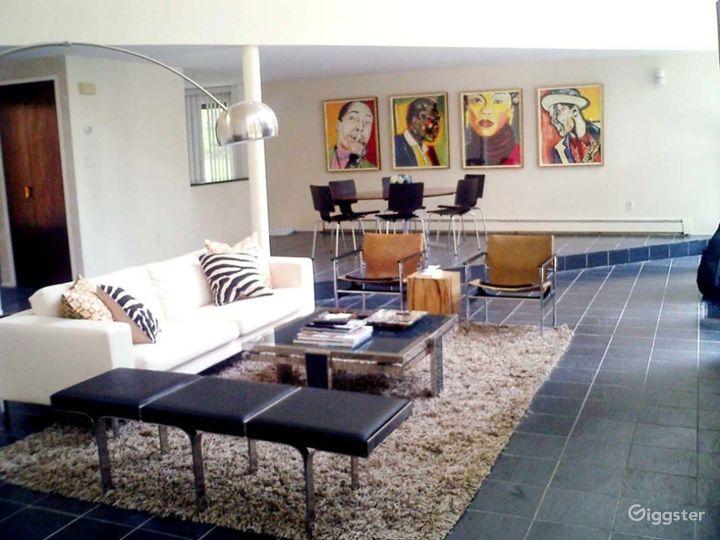 Modern Hamptons home: Location 4137 Photo 3