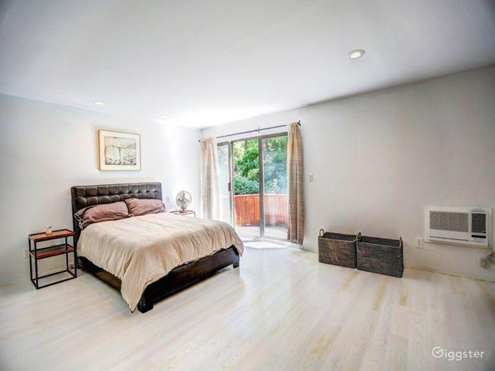Modern Hamptons home: Location 4137 Photo 2