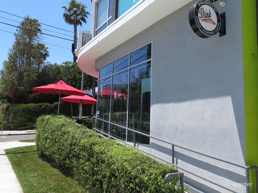 Modern Cafe near Downtown Photo 2