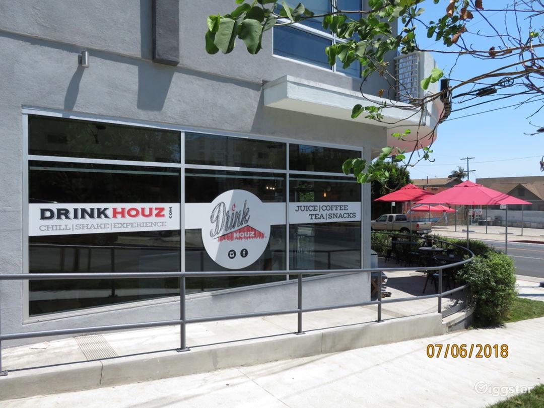 Modern Cafe near Downtown Photo 3