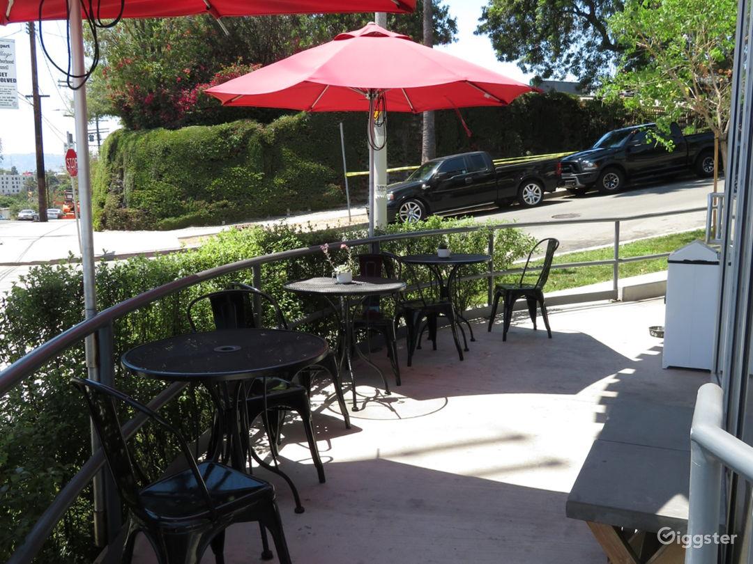 Modern Cafe near Downtown Photo 4